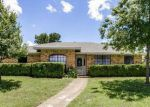 Foreclosed Home en N YOUNG BLVD, Desoto, TX - 75115