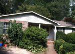Foreclosed Home en TWIN CREEK DR NE, Kennesaw, GA - 30144