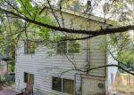 Foreclosed Home en NE 190TH ST, Seattle, WA - 98155