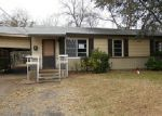 Foreclosed Home en UP THE GROVE ST, Greenville, TX - 75401