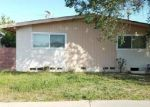 Foreclosed Home en MONTAGUE ST, Pacoima, CA - 91331