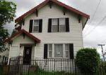 Foreclosed Home en S ANGEL PL, Seattle, WA - 98118