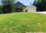 Foreclosed Home en CRESTWOOD DR, Pilot Mountain, NC - 27041