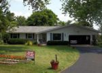 Foreclosed Home en CLAREMONT CT, Waukesha, WI - 53186