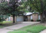 Foreclosed Home en LAKE BY DR, Irving, TX - 75060