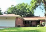 Foreclosed Home en WESTWAY AVE, Garland, TX - 75042