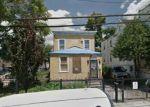 Foreclosed Home en E 224TH ST, Bronx, NY - 10466