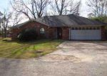 Foreclosed Home en S INWOOD DR, Bridge City, TX - 77611