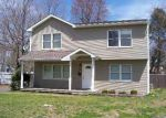 Foreclosed Home en STANLEY DR, Centereach, NY - 11720