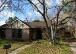 Foreclosed Home en MAPLE MANOR DR, Houston, TX - 77095
