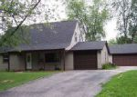 Foreclosed Home en CHERRYFIELD DR, Valparaiso, IN - 46385