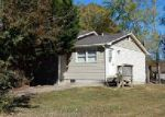 Foreclosed Home en HOLLY TREE CIR, Hendersonville, NC - 28792