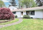 Foreclosed Home en 12TH PL S, Seattle, WA - 98198