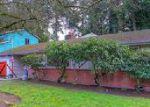 Foreclosed Home en NE 148TH ST, Seattle, WA - 98155