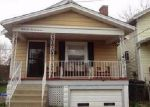 Foreclosed Home en VIRGINIA AVE, Latonia, KY - 41015