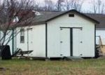 Foreclosed Home en MAPLE SHADE CIR, Cookeville, TN - 38501
