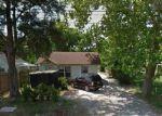 Foreclosed Home en SAN JACINTO ST, Highlands, TX - 77562