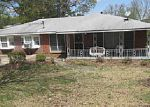 Foreclosed Home en VALLEYDALE DR SW, Atlanta, GA - 30311