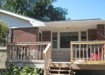Foreclosed Home en SKIATOOK ST, Hannibal, MO - 63401