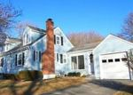 Foreclosed Home en WORCESTER ST, Taunton, MA - 02780