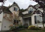 Foreclosed Home en CRYSTAL RIDGE DR SE, Puyallup, WA - 98372