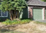 Foreclosed Home en NE 198TH PL, Seattle, WA - 98155