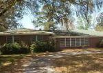 Foreclosed Home en RIBAULT SCENIC DR, Jacksonville, FL - 32208