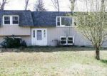 Foreclosed Home en OSHEA LN, Laconia, NH - 03246