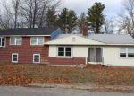 Foreclosed Home en DOLLIVER LN, Kingston, NH - 03848
