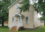 Foreclosed Home en 12TH AVE, Menominee, MI - 49858