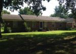 Foreclosed Home en OAK DR, Dresden, TN - 38225