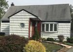 Foreclosed Home en MARC CT, Uniondale, NY - 11553