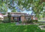 Foreclosed Home en ALLWOOD ST, Houston, TX - 77016