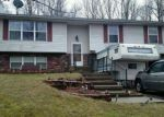 Foreclosed Home en MCINTOSH DR, Howard, OH - 43028