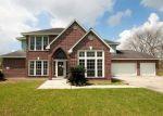Foreclosed Home en SRALLA RD, Crosby, TX - 77532