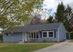 Foreclosed Home en FRANKLIN ST, Laconia, NH - 03246