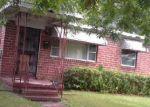Foreclosed Home en STUART ST, Jacksonville, FL - 32209