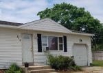 Foreclosed Home en DOCTORS PATH, Riverhead, NY - 11901