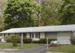 Foreclosed Home en MCAULIFFE RD, Randolph, MA - 02368
