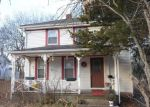 Foreclosed Home en 1/2 PLEASANT ST, Westerly, RI - 02891