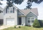 Foreclosed Home en MARELI RD, Shelbyville, KY - 40065