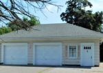 Foreclosed Home en WAITE AVE, Chicopee, MA - 01020