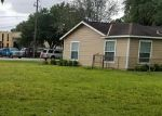 Foreclosed Home en W 15TH ST, Houston, TX - 77008