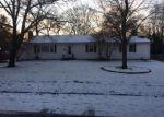 Foreclosed Home en COUNTRY CLUB LN, Brockton, MA - 02301