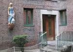 Foreclosed Home en E TREMONT AVE, Bronx, NY - 10462