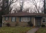 Foreclosed Home en DALE CREEK DR NW, Atlanta, GA - 30318
