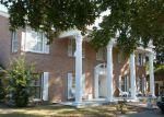 Foreclosed Home en LEE ST, Sulphur Springs, TX - 75482