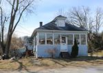 Foreclosed Home en EDGEWOOD AVE, Methuen, MA - 01844