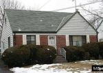 Foreclosed Home en MARTIN DR, Uniondale, NY - 11553