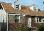 Foreclosed Home en JERUSALEM AVE, Uniondale, NY - 11553